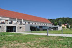 Besucherinfo Museumscafe außen