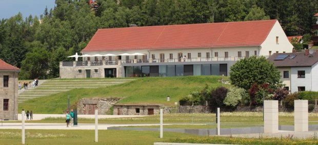 Bildungszentrum 02