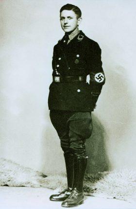 Adolf nies