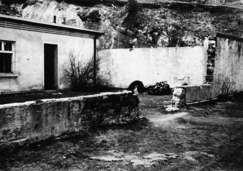 Dietrich Bonhoeffer 10 1 1
