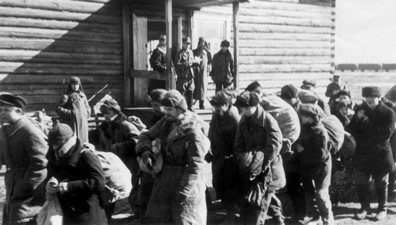 Отправка на принудительные работы  из сборного пункта Борисов