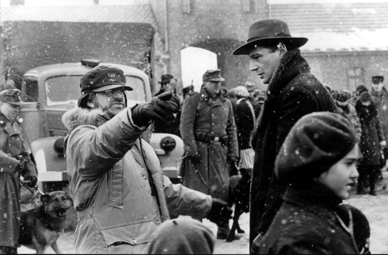 7 Spielberg Filmset